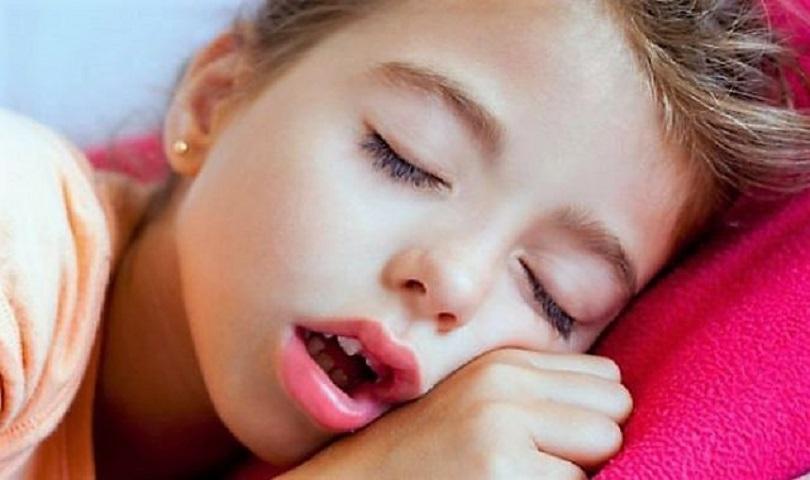 Η στοματική αναπνοή κρύβει κινδύνους για τα δόντια των παιδιών ... 992ca51d57d