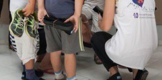 59aa6017520 Διανομή παπουτσιών σε 500 παιδιά οικογενειών με οικονομικές δυσκολίες